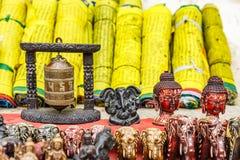 Loja de lembrança nepalesa imagens de stock royalty free