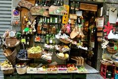 Loja de mantimento em Italy foto de stock