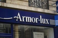 Loja de roupa de Armor Lux French fotografia de stock royalty free