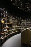 Loja de vinho em La Menção du Vin Fotos de Stock