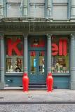 Loja do projeto de Kartell na rua de Greene, em New York imagem de stock