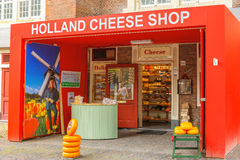Loja do queijo da Holanda em Amsterdão foto de stock