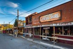 A loja geral, ao longo de Route 66 histórico em Oatman, o Arizona foto de stock