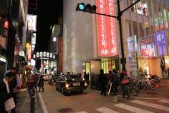 Loja não identificada dos povos na arcada da compra de Shinsaibashi Foto de Stock