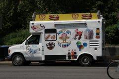Loja no fastfood das rodas e no gelado Fotos de Stock Royalty Free
