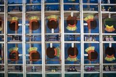 Loja Selfridges em Oxford Street em Londres, decorada para o termo do outono foto de stock