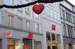 LOJA SUECO DA CORRENTE H&M EM STROEGET Foto de Stock