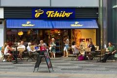 Loja Tschibo em Kurfuerstendamm Imagem de Stock