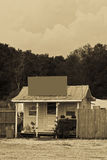 Loja velha na barraca com sinal Imagens de Stock Royalty Free