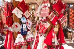 Lojas com as lembranças em Alsácia, Imagem de Stock
