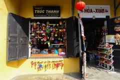 Lojas na cidade antiga de Hoian Fotografia de Stock