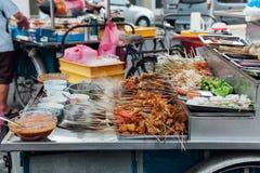 Lok-Lok ångbåtstall på Kimberly Street Market, Penang arkivfoton