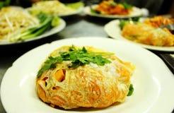 Lokaal voedsel in Bangkok Stock Afbeeldingen