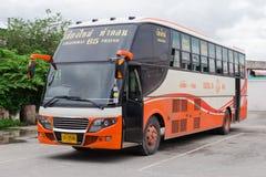 Lokal buss Arkivfoto