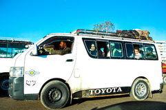 Lokal buss i Cario, Egypten Royaltyfri Bild