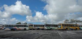 Lokal buss på den huvudsakliga stationen i Mauritius arkivfoto