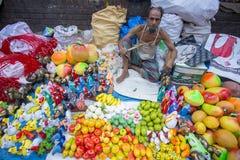 Lokal-gjorda härliga hemslöjder och infödd bohag på den Pohela Baishakh mässan Royaltyfria Foton