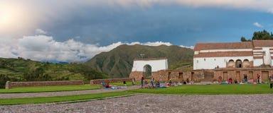 Lokal marknad i Chinchero, Peru Arkivfoto