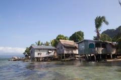 Lokal by på Solomon Islands Royaltyfri Fotografi