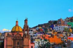 Lokala gamla kyrkliga Guanajuato Fotografering för Bildbyråer