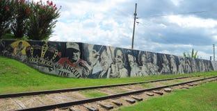 Lokala musiklegendväggmålningar på Helena Levee Walk, Helena Arkansas royaltyfri bild