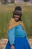 Lokale Boliviaanse vrouw - Meer Titicaca in Bolivië Stock Afbeeldingen