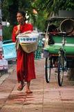 Lokale Dame in Yogyjakarta Stockbilder