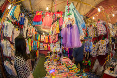 Lokale kleren op verkoop Stock Fotografie