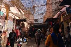 Lokale markt in de oude stad van Marrakech royalty-vrije stock foto's