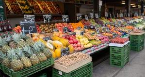 Lokaler Gemüsemarkt Stockfotos