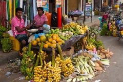 Lokaler Markt in Sri Lanka - 2. April 2014 Lizenzfreie Stockfotos