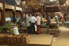 Lokaler Markt in Sri Lanka - 2. April 2014 Lizenzfreies Stockbild