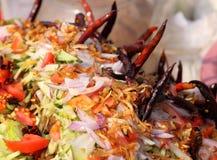 Lokaler Schnellimbißmarkt in Bangladesh stockbild