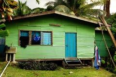 Lokales Haus, Insel Vanua Levu, Fidschi stockfotos