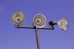 Lokalisierte athletische Gerichts-Lichter im Freien Stockbild