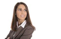 Lokalisierte lächelnde Geschäftsfrau, die seitlich zum Text schaut Lizenzfreie Stockfotos