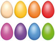 Lokalisierte realistische Illustration von farbigen Eiern, auf weißem Hintergrund, vervollkommnen für Ostern-Karten lizenzfreie stockfotografie