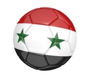 Lokalisierter Fußball oder Fußball, mit der Landesflagge von Syrien Lizenzfreies Stockfoto