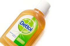 Lokalisierter weißer Hintergrund Dettol antibakterielles Desinfektionsmittel stockbilder