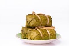 Lokalisiertes thailändisches Reiskuchenbündel Lizenzfreie Stockfotografie
