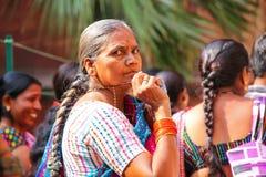 Lokalna kobieta odwiedza Agra fort, Uttar Pradesh, India Obraz Royalty Free