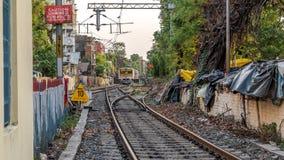 Lokalni pociągi Indiańskie koleje obraz stock