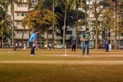Lokalny krykieta dopasowanie przy Mumbai Obrazy Royalty Free
