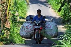 Lokalny pracownik Bali Zdjęcie Royalty Free