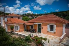 Lokalt grekiskt hus Royaltyfri Foto