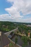 Loket,在桥梁的全景视图 库存照片