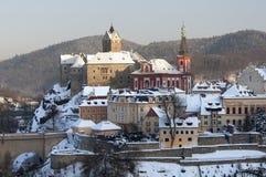 Loket i vintern, tjeckisk republik Arkivbilder