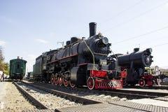 Lokomotiv Ea-3510 och lokomotiv TE - 322 i museum av historia järnväg norr Kaukasus arkivfoton