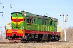 Lokomotive oder Maschine ist ein Schienenverkehrfahrzeug, das die Triebfahrzeuge für einen Zug zur Verfügung stellt lizenzfreies stockfoto