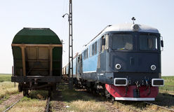 Lokomotive und Lastwagen Lizenzfreies Stockbild